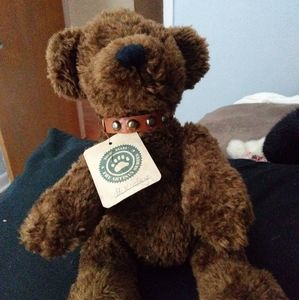 McKinley Retired Boyds Bears. Has tag and collar